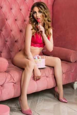 Katelyne outcall escort Murray